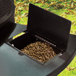 Black Olive - Black Olive Grills' use of pellets makes it the first pellet Kamado grill on the market.
