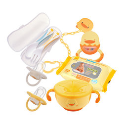 PIYO PIYO USA - Baby Travel Kit - The Baby Travel Kit is perfect for taking care of baby on the road.