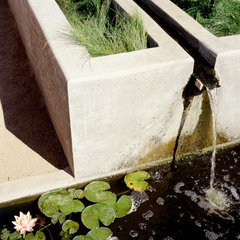 modern  modern water feature