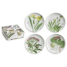 Traditional Dinner Plates by The Organizing Store
