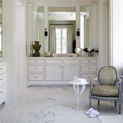 Riverhills Showhouse Master Bathroom - MyHomeIdeas.com