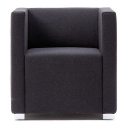 Pro Franz Fertig - PRO appears as a soloist or in an ensemble. It is ideal for the living or business area.