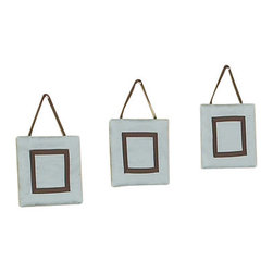 Sweet Jojo Designs - Hotel Blue & Brown Wall Decor - The Chocolate Blue Hotel Wall Decor by Jojo Design include 3 wall hangings that will add a designers touch to any childs room! These childrens wall hangings are handcrafted with care and will brighten any childs room or nursery.