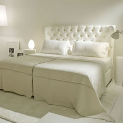 Lorena Bed - This looks so cozy!