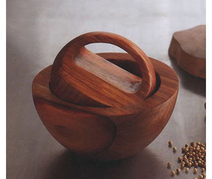 Modern Mortar And Pestle Sets by NOVA68