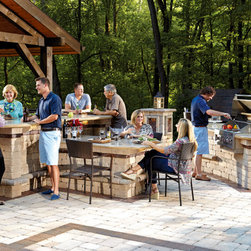 Outdoor Kitchens and Grills -