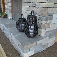 Traditional  by Brown Bros. Masonry