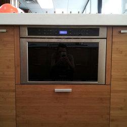 FBS SHOWROOM 512 E. Dallas Rd. Grapevine TX 76051 - Bosch undercounter micro-drawer CLOSED