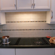Modern Kitchen by Distinctive Tile & Stone Design