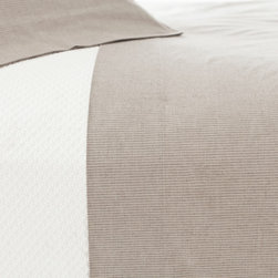 Pine Cone Hill - Pine Cone Hill Pinstripe Java Natural Sheet Set - Classic pinstripes adorn this super-soft sheet set made from brushed, yarn-dyed cotton. Each set features a natural hue and a timeless pattern that goes with just about anything.Available in multiple sizes: Twin, Full, Queen, King100% cottonIncludes flat sheet, fitted sheet, and pillowcases (1 Standard for Twin, 2 Standard for Full and Queen, 2 King for King)Pinstripe collection