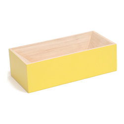Y'A PAS LE FEU AU LAC - Les Briques Lacquered - Yellow - A simple but elegant reinterpretation of an everyday object. Bricks and cinder blocks have become modular multi-functional objects that exist in homes as containers or bookends. LES BRIQUES takes the re-purposed brick one step further. Constructed from hornbeam wood, these brightly colored containers are great for your desk top to hold pens and paperclips, but also perfect for emptying your pockets at the end of the day.