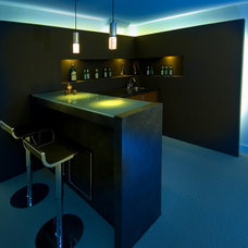 Asian Home Bar by BiglarKinyan Design Planning Inc.