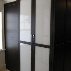 Contemporary Closet Organizers by John Manidis, Top Shelf Closets