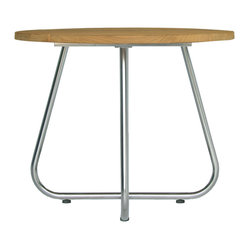 Gemmy Casual Tables