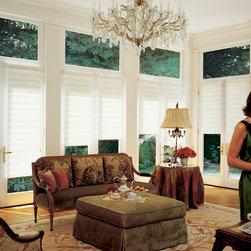 Vignette® Traditional™ Modern Roman Shades with UltraGlide® - Hunter Douglas Vignette® Collection Copyright © 2001-2012 Hunter Douglas, Inc. All rights reserved.
