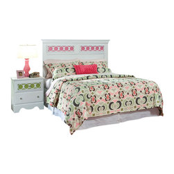 Standard Furniture - Standard Furniture My Room 3-Piece Headboard Bedroom Set in White - My Room girls youth collection is sure to be every girls dream bedroom with its functional pieces, feminine style details, and versatile color scheme options.