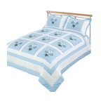 Blancho Bedding - [Sky Blue Fantasy] Hand-Appliqued Quilt Set with 25.3 OZ filling Full/Queen Size - The set includes a full/queen size quilt filled with 25.3 oz batting and two standard size pillow shams each filled with 1.2 oz batting, both with beautifully hand-appliqued patterns. Each applique in the quilt and sham is hand assembled from start to finish. Each quilt set is therefore very unique and made with detailed craftsmanship. The quilt measures 86 by 86 inches and the sham measures 20 by 30 inches. For convenience, all bedding components are machine washable on cold in the gentle cycle and can be dried on low heat and will last you years. This hand-appliqued quilt set will refresh your bedroom decor instantly, create a cozy and inviting atmosphere and is sure to transform the look of your bedroom or guest room.