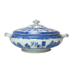 Old Willow Pattern on base - Consigned Blue and White Willow Tureen, Vintage English, mid 20th Century - Impressive porcelain serving bowl in blue and white willow pattern; vintage English, mid 20th century.