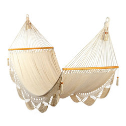 White Hammock - This is a white hammock handmade of cotton and wood, Very comfortable made ​​of good quality for the manufacture there are three people. one of the persons builds the body other person builds the fringe and the last person does the end.