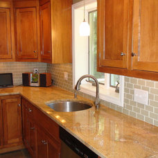 Traditional Kitchen by LME Designs