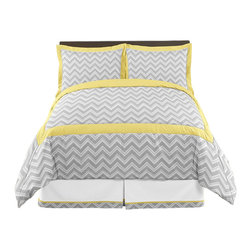 Sweet Jojo Designs - Zig Zag Yellow and Gray 3-Piece Queen Bedding Set by Sweet Jojo Designs - The Zig Zag Yellow and Gray 3-Piece Queen Bedding Set by Sweet Jojo Designs, along with the  bedding accessories.