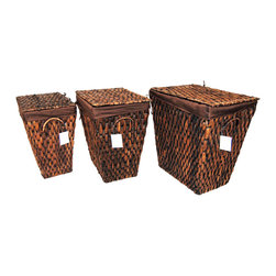 """Master Garden Products - Large Hyacinth Laundry Hamper, 18""""L x 14""""W x 20""""H - Stay organized with this beautiful and natural Master Garden Green family hamper. This water hyacinth hamper offers a great and practical way to store your laundry. It comes equipped with a removable divided liner and lid. Constructed with all natural water hyacinth and no assembly is required."""