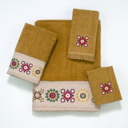"Avanti - Avanti Country Patterns Bath Towel in Nutmeg - These lovely nutmeg bath towels feature an embroidered ""quilt"" motif. Use these towels together for a finished look, or use individually to update your current decor."