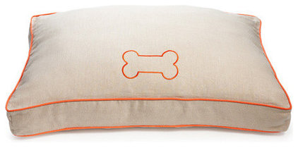 Contemporary Dog Beds by Chic Shop
