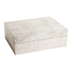Made Goods - Otavia Large Box - The luxurious box is perfect for storing your jewelry collection or other keepsakes.