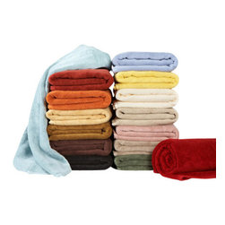 Towels by G.U.S. - Natural Plush Micro-Cotton Tub Mat, Claret - Feel the difference of Micro-cotton technology with the decadence of our Natural Plush Micro-Cotton Towels. Specially cultivated long fibers are woven into extraordinarily long loops that give these towels a spa-like indulgence. The Natural Plush Micro-Cotton Towels not only look and feel fantastic, they receive top marks when it comes to absorption. If you are looking for a long-term solid investment, Natural Plush Micro-Cotton Towels are the ultimate intelligent choice.