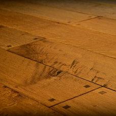 Traditional Hardwood Flooring by Burchette & Burchette Hardwoods