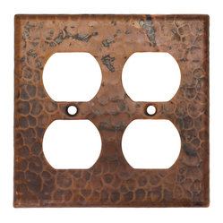 Switchplate Double Duplex,4 Hole Outlet Cover