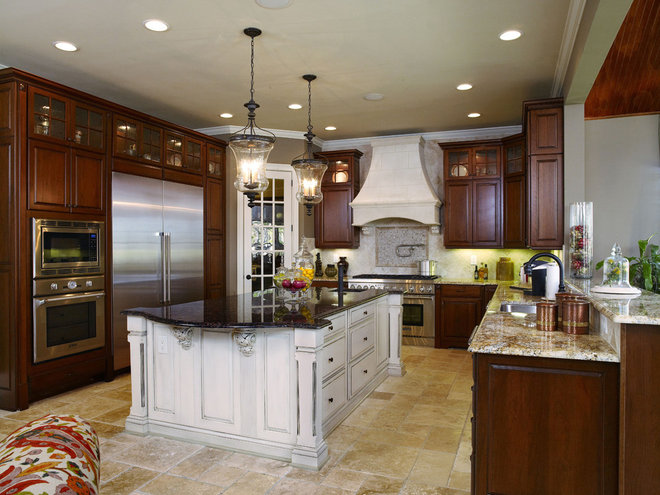 Traditional Kitchen by Yorktowne Cabinetry