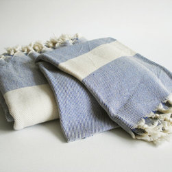 Turkish Bath Towel Peshtemal And Peshkir Set, Soft Navy Blue By Bath Style - We've got to bring some blue and white into the bath, and I love the look and weight of these Turkish towels.