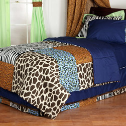 "Jazzie Jungle Boy - Full Comforter - Bring out the animal in you with ""One Grace Place"" Jazzie Jungle Boy collection!  Comforter front is a patchwork design using all the collections fun animal fabrics -- ""Cheetah Blue"", ""Giraffe"", ""Cheetah"" and ""Zebra"".  Opposite side designed in solid navy throughout."