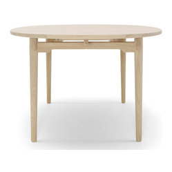 Wegner CH338 Table Oiled Oak Top, by Carl Hansen