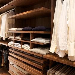 Chelsea Residence - Dressing room in American Black Walnut