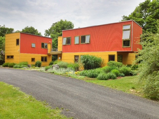Houzz Tour: A Boring House Grows a Personality