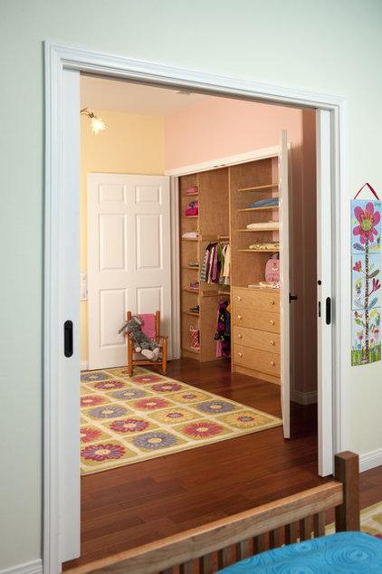 Traditional Kids by Carol Spong Interior Design