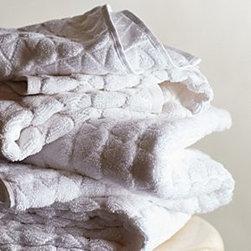 "Anthropologie - Concord Towel - 600 gram cottonMachine washWashcloth: 13"" squareHand towel: 28""L, 18""WBath towel: 54""L, 28""WImported"