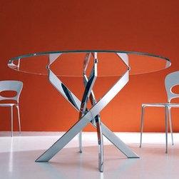 Bontempi Casa - Bontempi Casa | Barone Round Table - Design by Studio Thesia.