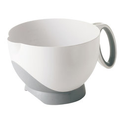 Cuisipro Deluxe Batter Bowl - The Cuisipro Deluxe Batter Bowl is a durable versatile bowl which can be used as a measuring cup mixing bowl or pitcher. Perfect to prepare and pour pancakes muffins and cake batter. Dishwasher Safe