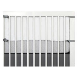 OLLI+LIME - White Heavyweight Cotton Crib Bumper - Heavyweight cotton 2-part bumper with removable insert and washable covers. Fits standard-sized US crib.