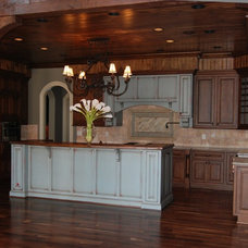 Traditional Kitchen by Carpenter Construction, Inc.