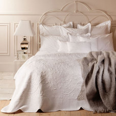 Traditional Quilts by ZARA HOME