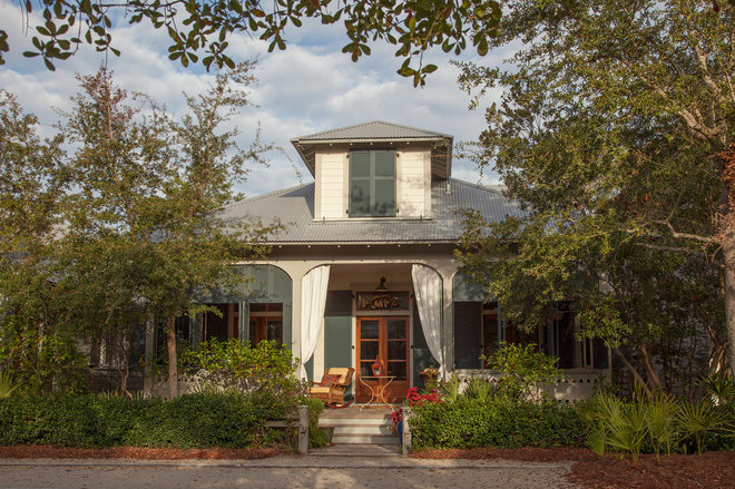 houzz tour lessons in florida cracker style from a world architecture images florida cracker architecture