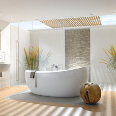 Contemporary Bathtubs Villeroy & Boch - Aveo