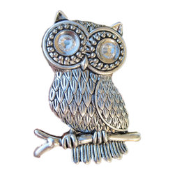 DaRosa Creations - Owl Drawer Knobs With Glass Crystal Eyes In Silver Metal - Owl Drawer Knobs with Glass Crystal Eyes in Silver metal (MK108)