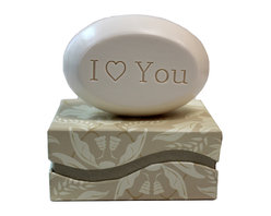 """New Hope Soap - Scented Soap Bar Personalized – I """"Heart"""" You, Pomegranate - Personalized Scented Soap Bar Gift Set Engraved with I """"Heart"""" You"""