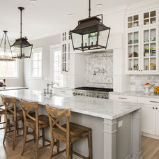 Traditional  by Tarkus Tile, Inc.